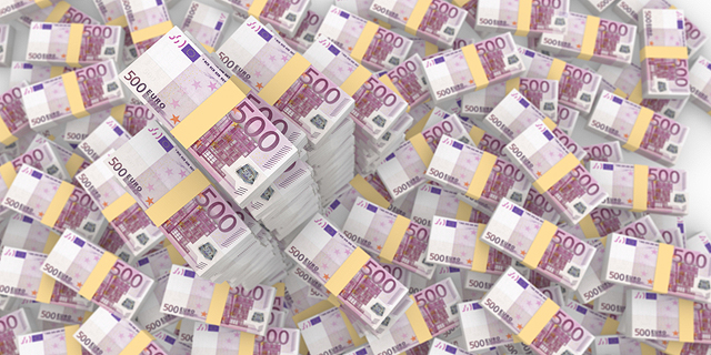 שטרות של 500 יורו, צילום: שאטרסטוק