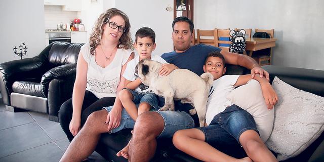 """משפחת בנדרקר: """"עברנו תקופה כלכלית קשה, אנחנו מחזירים הלוואות עד עכשיו"""""""