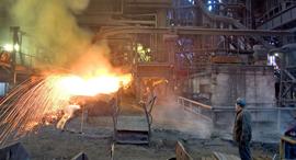 מפעל פלדה של ארסלור מיטל ב גרמניה, צילום: בלומברג