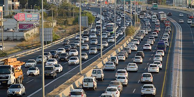 האטה בשוק הרכב: ירידה של 7.4% במסירות מתחילת השנה