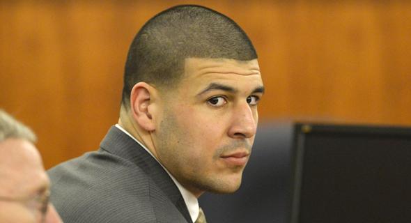 ארון הרננדז. לאחרונה הודיעו ב-NFL כי יילחמו נגד התביעה שהגישה משפחתו