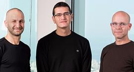 מייסדי גיגיה. מימין: אייל מגן, ערן קוטנר ורולי אליעזרוב, צילום: גיגיה