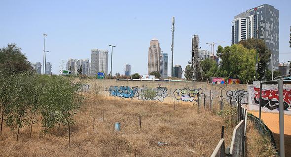 מתחם תעש בפינת רחוב ערבי נחל ורחוב יגאל אלון בתל אביב, צילום: אוראל כהן