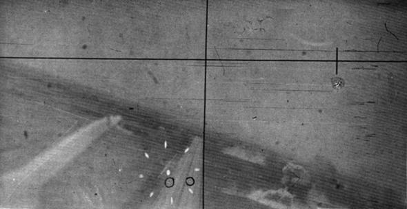 """מצלמת תותח של מטוס מצרי, בתקיפת שדה תעופה של צה""""ל בסיני"""