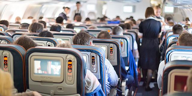 עוד קצת חיסכון: חברות התעופה מעלימות את המסכים האישיים מהמטוסים