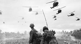 מוסף שבועי 10.10.17 מסוקים אמריקאיים חוזרים מ הפצצה ב מלחמת וייטנאם, צילום: גטי אימג'ס