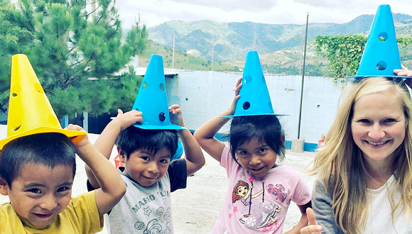 ילדים בגוואטמלה