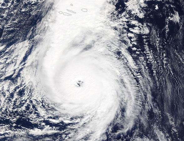 ההוריקן אופליה באוקיינוס האטלנטי, צילום: אי פי איי