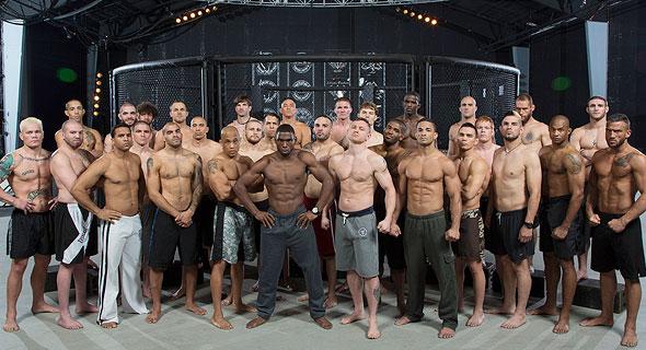 לוחמי Bellator MMA. משתכרים פחות עבור קרבות מעמיתיהם ב־UFC, אך בניגוד אליהם רשאים לשמור לעצמם הכנסות מחסויות