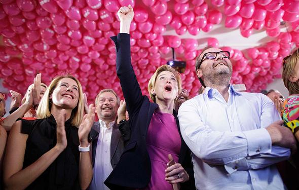 תומכים של קורץ חוגגים את הניצחון, צילום: איי אף פי