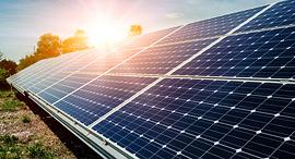 אנרגיה סולארית, צילום: שאטרסטוק