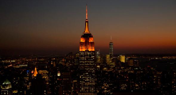 אמפייר סטייט בילדינג כתום אמזון HQ2, צילום: NYCDC
