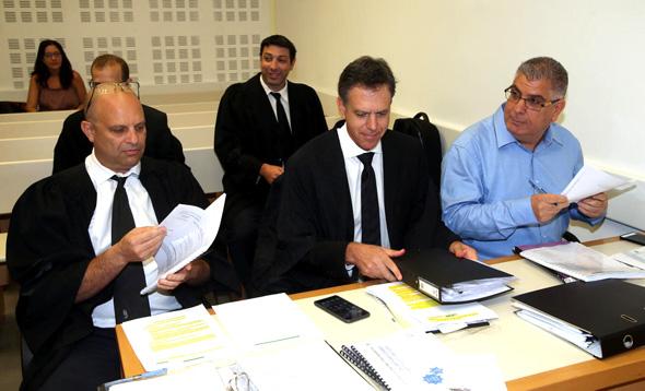 נאמני מגה. מימין: גבי טרבלסי, אודי גינדס ואמיר ברטוב, צילום: יריב כץ