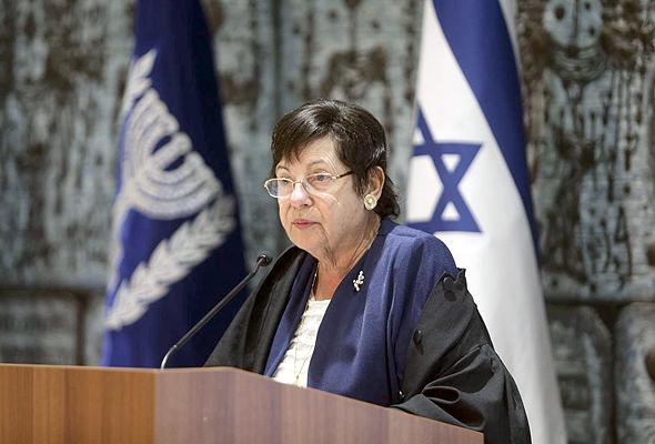 מרים נאור נשיאת בית המשפט העליון הפורשת, צילום: אלכס קולומויסקי