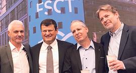 מייסדי פורסקאוט מימין דורון שקמוני עודד קומאי רמי קאליש חזי ישורון, צילום: פורסקאוט