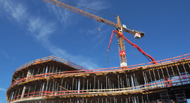 בנייה מנוף זירת הנדלן, צילום: HANS