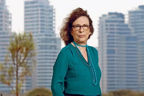 """פרופ' רחל אלתרמן, מתכננת ערים: """"רשות מקרקעי ישראל משווקת קרקעות רק בבום ענקי של מכרזים, ולציבור וליזמים נדמה שהמחסור בדירות נפתר, אבל זה הורס את הערים"""""""