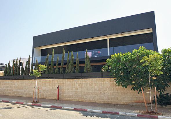 בית בנחלת יהודה: גודל המגרשים בחלק הישן של השכונה מאפשר בניית בתים רחבי ידיים