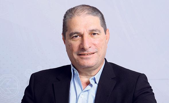 """אבי מוסלר, מנכ""""ל אמות, צילום: עמית שעל"""