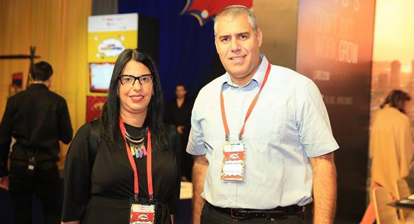 מימין: יונתן לבנדר ושרית כהן, צילום: אוראל כהן