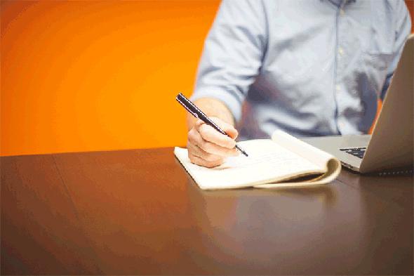 האם סטודנטים יחזרו להשתמש בדף ועט?, צילום: StartupStockPhotos