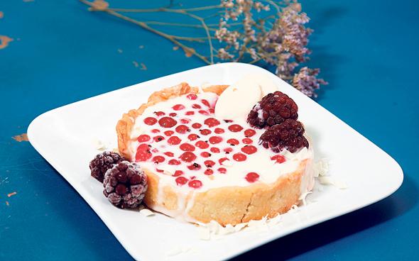 פאי שוקולד לבן של Bike Bakery על בסיס קמח ושמן קנולה מחיר: 25 שקל, צילום: שאול גולן