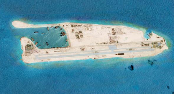 צילום לווייני של אימוג'סאט אינטרנשיונל - בסיס צבאי בים הסיני