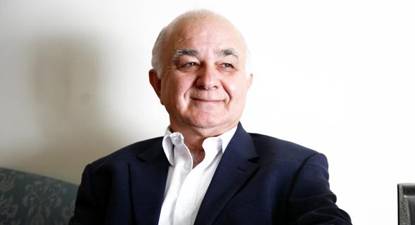 פרופ' דב צ'רניחובסקי