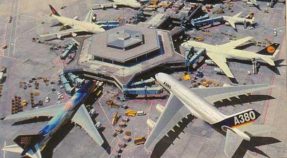 איירבוס A380 בנמל תעופה