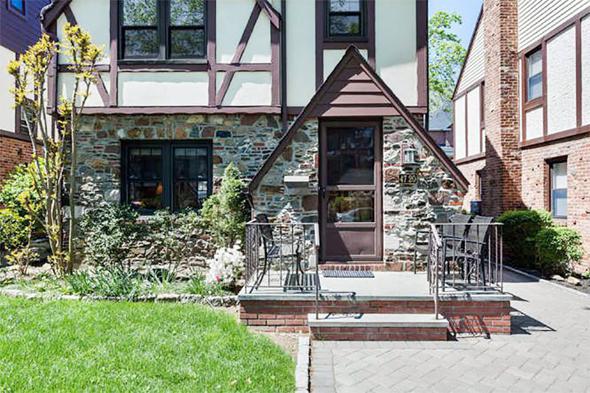 בית חד משפחתי בליטל נק שנמכר ביולי האחרון תמורת כמעט מיליון דולר