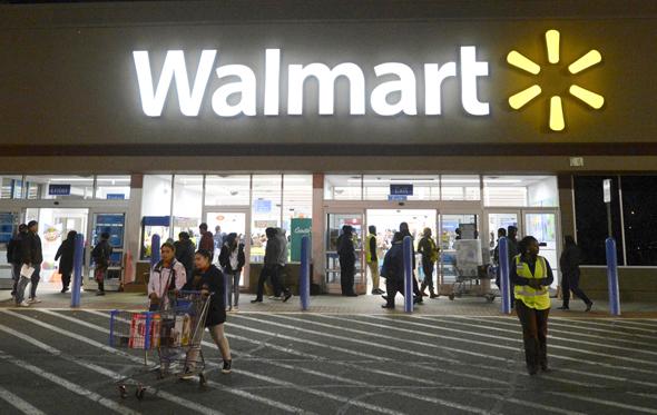 """חנות וולמארט בארה""""ב, צילום: אי פי איי"""