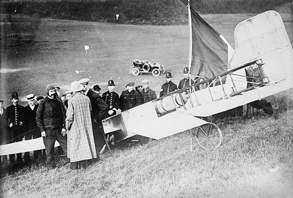 קבלת הפנים של לואי בלריו עם נחיתתו באנגליה, 1909
