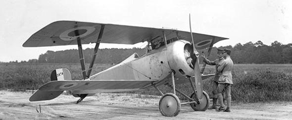 מטוס הניופורט 17 הצרפתי