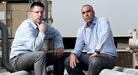 """נאור (מימין) וגרשט. """"לא מקנא במי שלמדו איתי משפטים, שעובדים במשרדים גדולים ולא יכולים לעשות כלום עם , צילום: עמית שעל"""