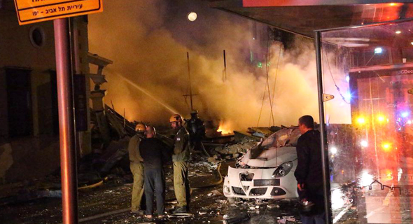 פיצוץ המבנה ביפו, צילום: מוטי קמחי