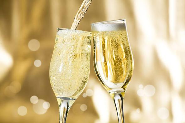 אירוע מיוחד? יש סיכוי לשמפניה, צילום: shuterstock