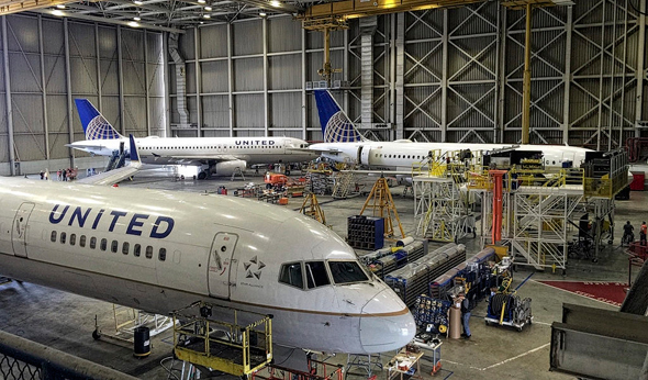 מטוסי נוסעים בסבב תחזוקה