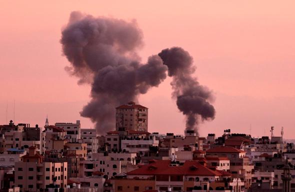 הפצצה ברצועת עזה, צילום: איי אף פי