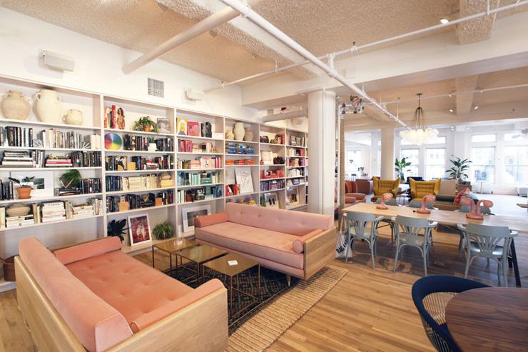 חלל העבודה המשותף לנשים בניו יורק