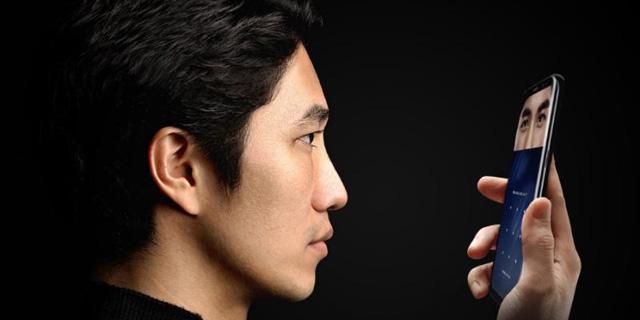 """סמנכ""""ל אפל: זיהוי הפנים באנדרואיד הוא """"חיקוי מסריח"""" של  Face ID"""