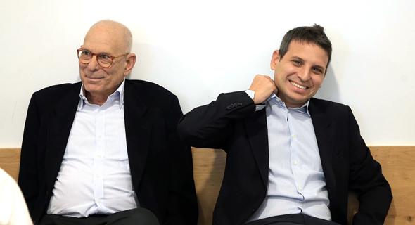 """מימין: גדי ורמי אונגר באחד הדיונים בביהמ""""ש, צילום: אוראל כהן"""