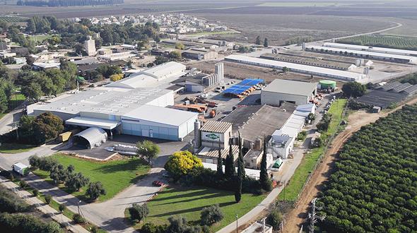 מפעל חוליות בקיבוץ שדה נחמיה