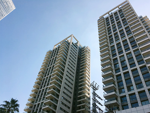 לצאת מהמגדלים אל הבית בכפר. מגדלי גינדי שרונה בתל אביב