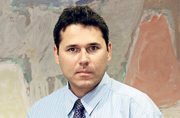 דורון שנידמן, מבעלי השליטה בביטוח ישיר