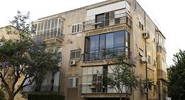 """בניין ב תל אביב לפני תמ""""א 38, צילום: עמית שעל"""
