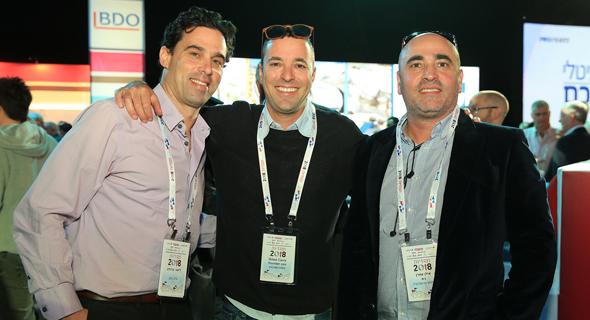 מימין: אילן עמרן, עודד קרני וליאור ברנדס, צילום: אוראל כהן