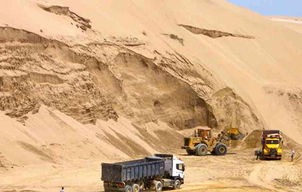 כרייה בלתי חוקית של חול (אילוסטרציה)