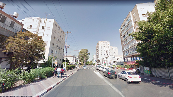 רחוב רוטשילד בפתח תקוה, צילום: גוגל סטריט וויו