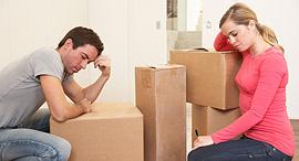 מעבר דירה למכירה מחירי דירות ארגזים זוג צעיר זוגות צעירים, צילום: שאטרסטוק