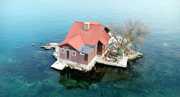 מראה האי מלמעלה